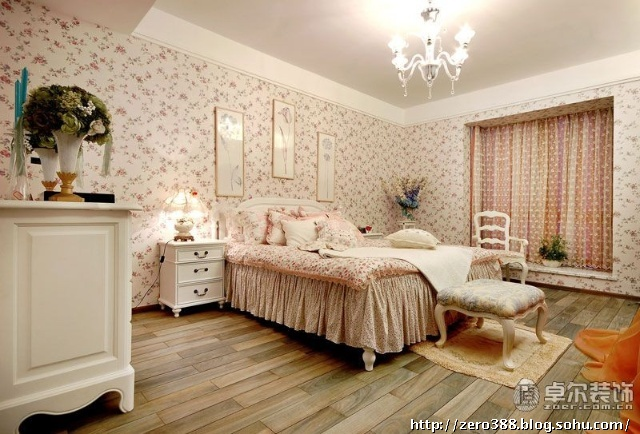卧室——飘窗台,壁纸,柜子