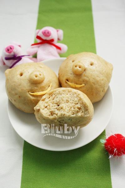 宝宝面食之:我是健康肤色的小猪噢!——胚芽红糖小猪馒头