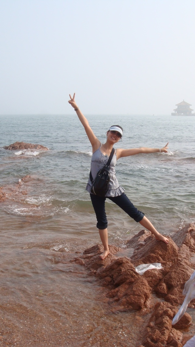 我就是冲着青岛的海去的!可惜没下海游泳.