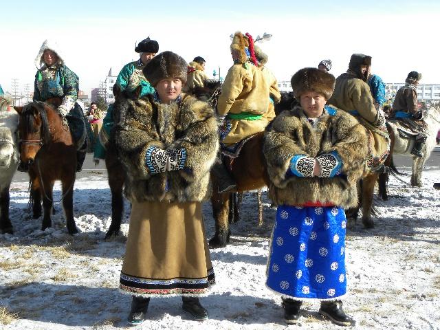 全区蒙古族冬季服装服饰节暨东乌旗冰雪那达慕部分