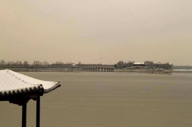 北京颐和园雪景美如画