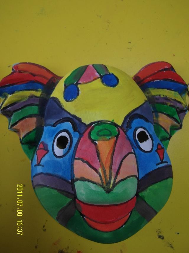 彩绘面具作品!-苏州艺点美术基地-搜狐博客-美术课 手绘面具 之三