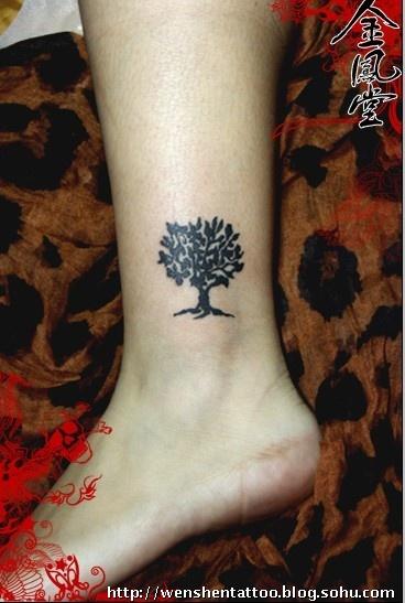 戒指情侣纹身图案 手指纹身