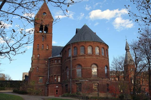 圆形礼堂(barnes hall),钟楼,管理学院.