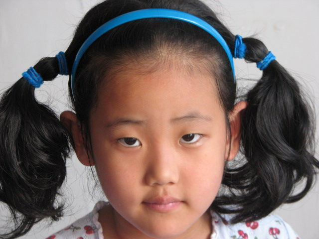 浙江绍兴6岁小女孩艾嘉慧 可爱的小妞妞——从遥远的地方走进张老师的